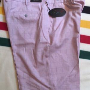 NWT Men's Greg Norman Golf Shorts - Waist 42